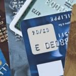Les grandes surfaces proposent leurs cartes bancaires